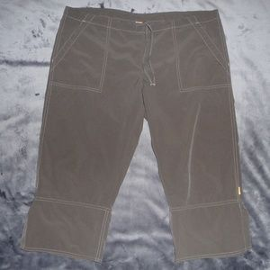 NWOT Lucy Activewear Hiking Capris M